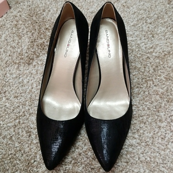 1788af6e2f8 Bandolino Fairbury Pumps Heels Black Textured